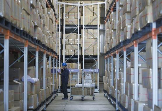 高品質な流通サービスと最先端の物流管理システム