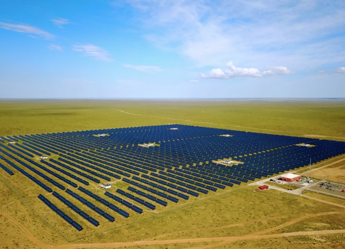 再生可能エネルギーの普及で温室効果ガスを抑制