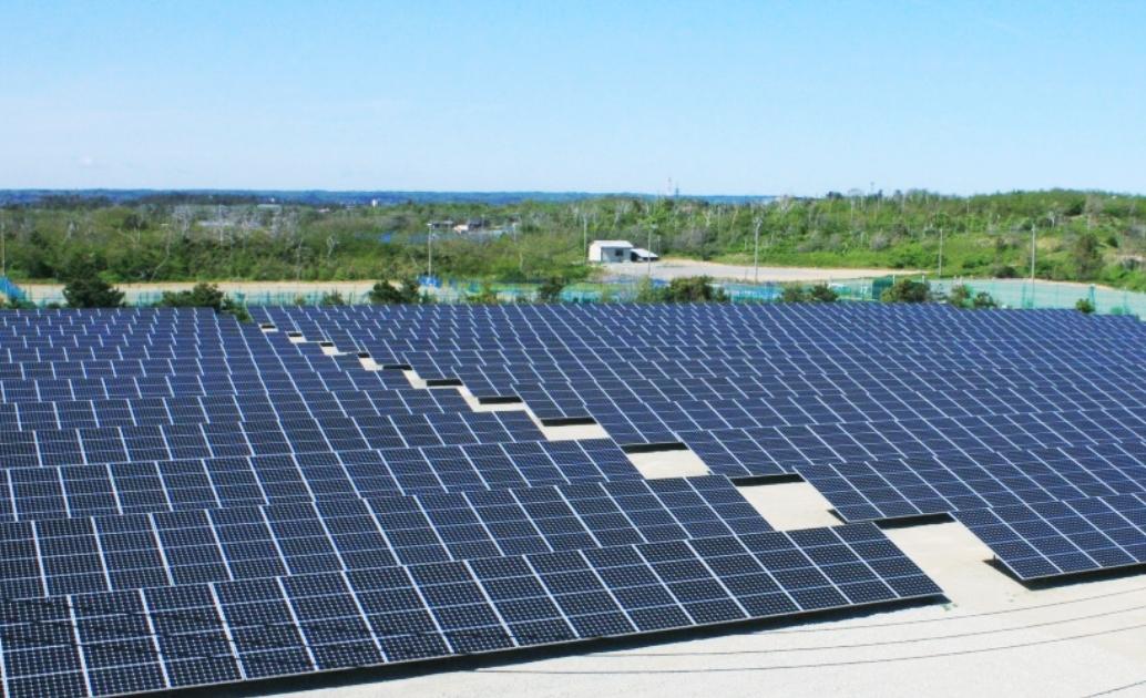 メガソーラーの大規模発電で再生可能エネルギーを普及。